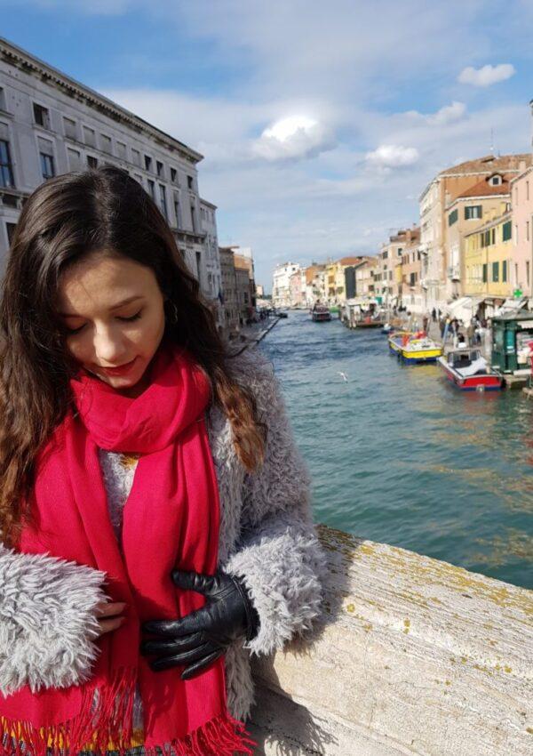 Blog Calatorii Fata Venetia