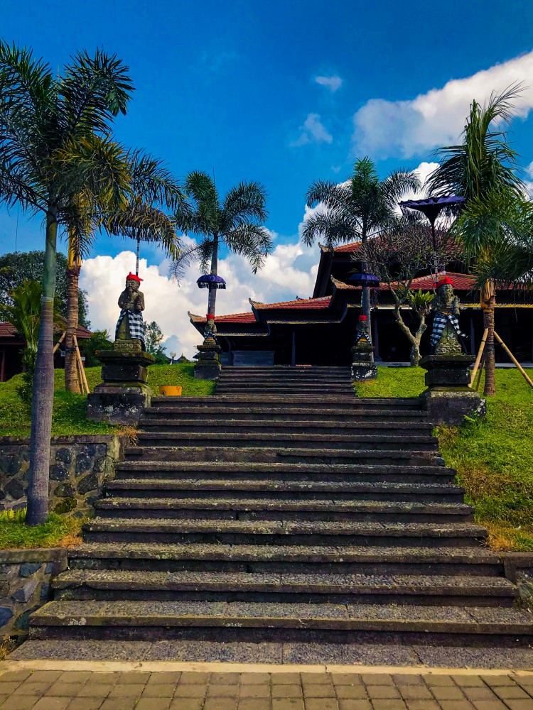 Bali Besakih Templu