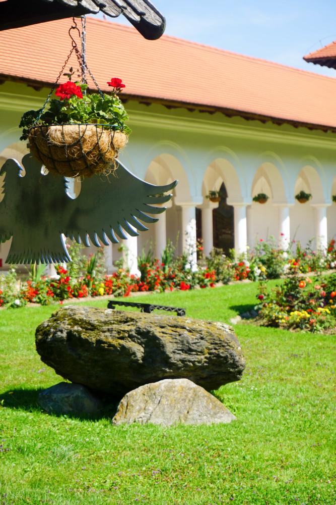Manastirea Sambata Sus