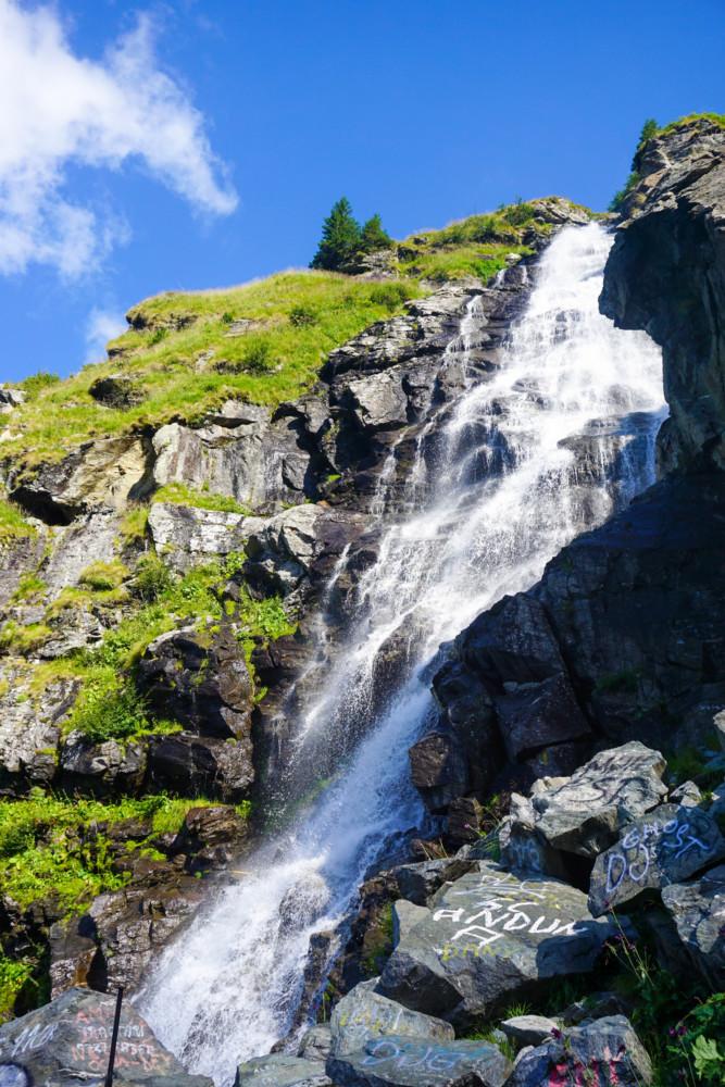 Poze Cascada Capra