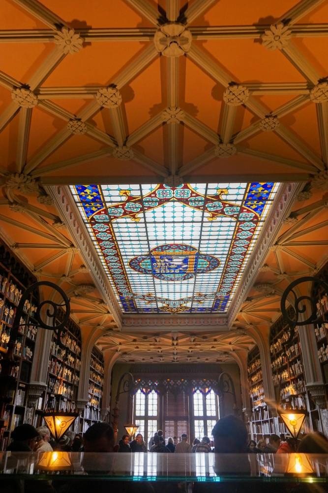 Biblioteca Librarie Porto