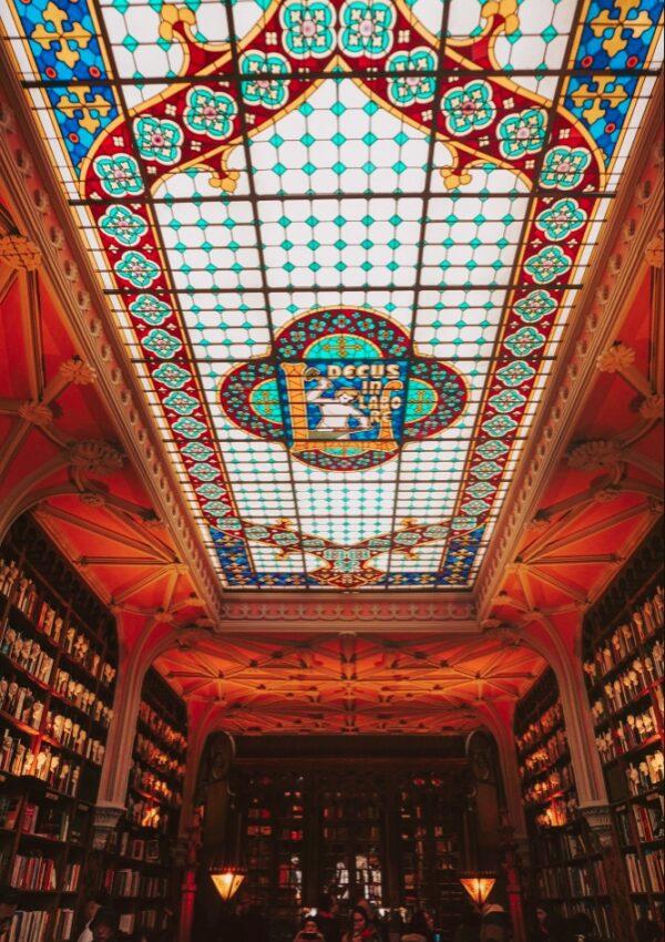 Cum arata cea mai frumoasa librarie din lume, Livraria Lello e Irmão, care a inspirat Harry Potter?