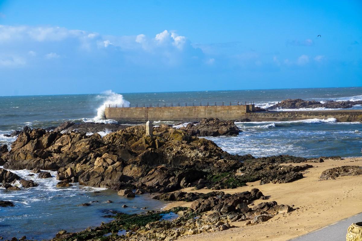 Porto Oceanul Atlantic Valuri