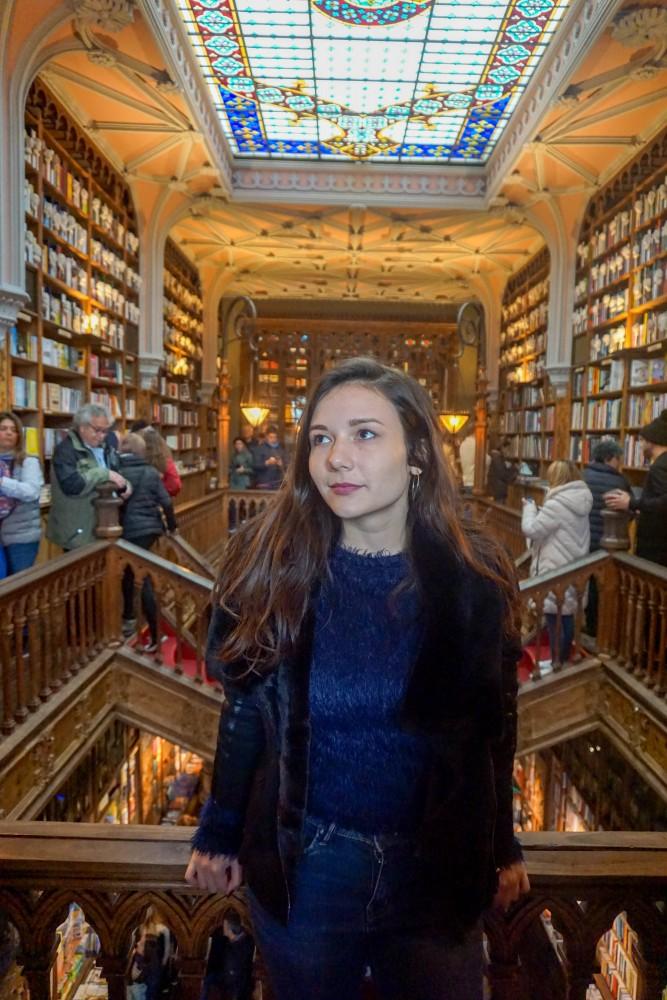Turist Livraria Lello Porto