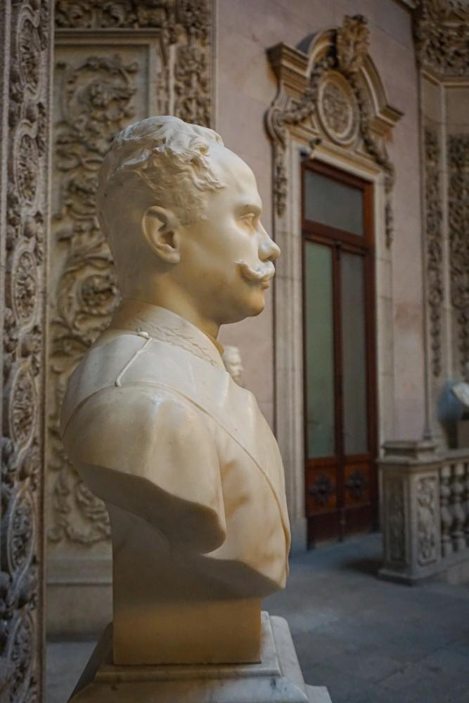 Bust Palacio da Bolsa