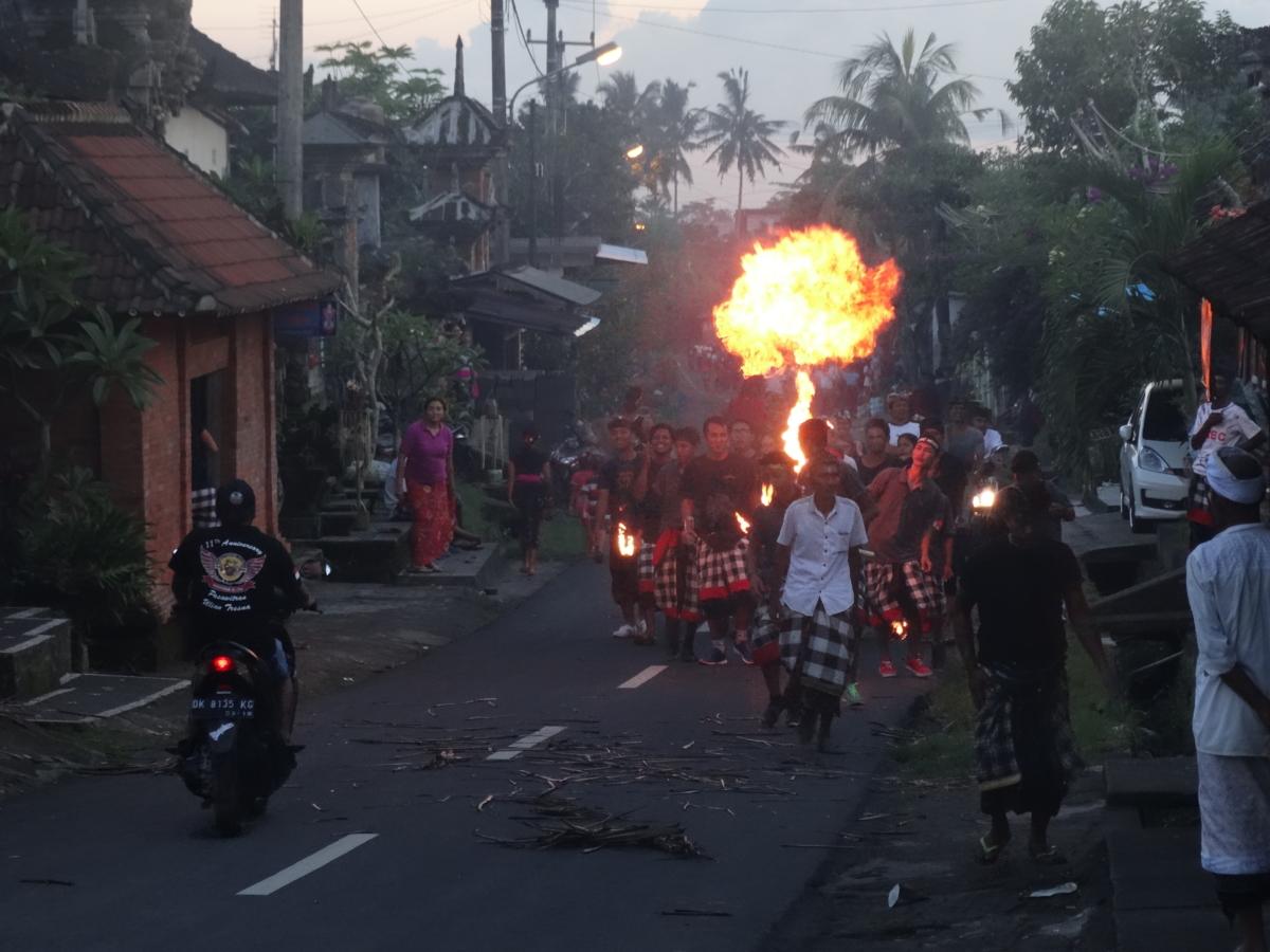 Ritual Foc Bali