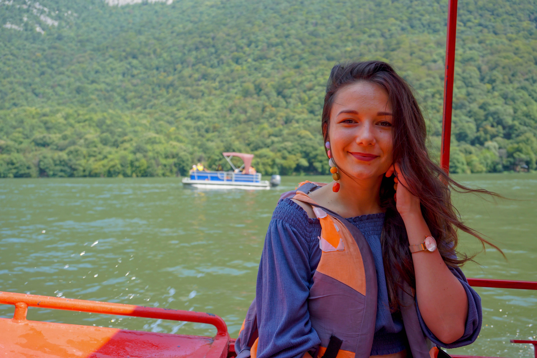 Cazanele Dunarii Barca