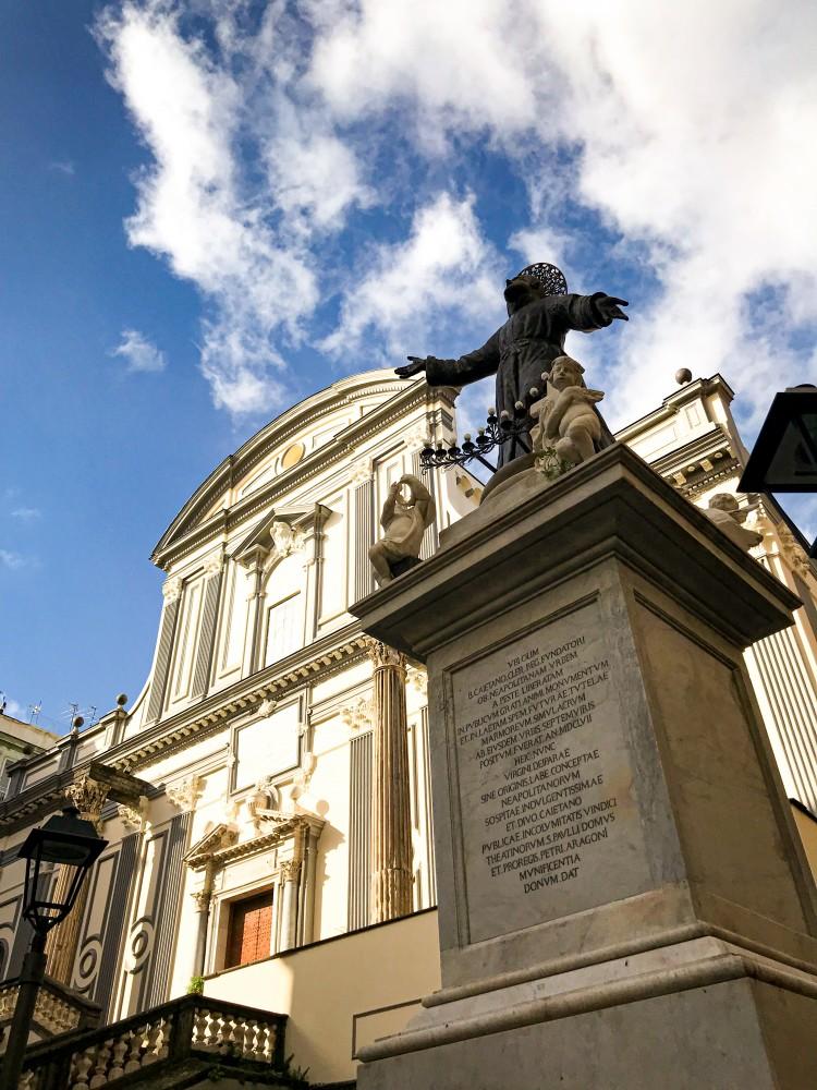 Basilica San Paolo Maggiore Napoli
