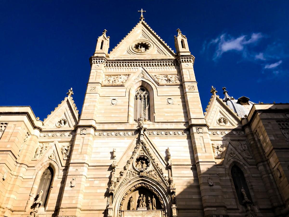 Duomo Di Napoli Biserica