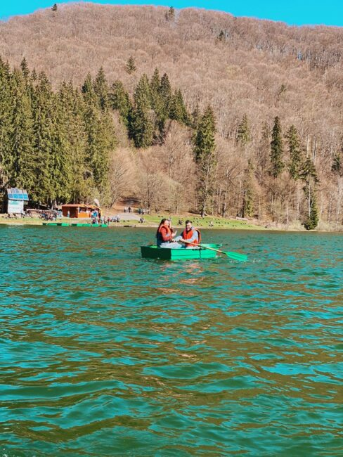 Barca Lacul Sfanta Ana